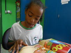 O 1Book4Life tem como missão transformar vidas por meio da leitura. Trata-se de um programade