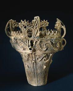 縄文土器 [ Jōmon Pottery ]