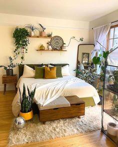 Room Ideas Bedroom, Home Decor Bedroom, Aesthetic Room Decor, Cozy Room, House Rooms, Apartment Living, Room Inspiration, Design Inspiration, Interior Design