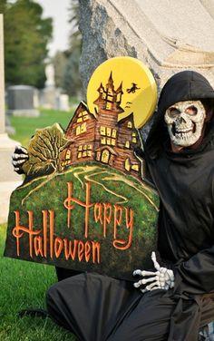Halloween yard sign $80