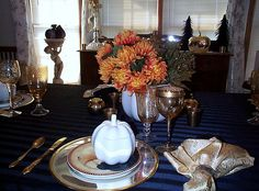 diningroom for fall tablescape by MY PINK PRETTIES ABOUT ME, via Flickr