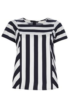 Marc By Marc Jacobs - White Striped Top - Lyst Blouse Styles, Blouse Designs, Sewing Blouses, Western Tops, Blouse Models, Full Figure Fashion, Fashion Wear, Fashion Outfits, Beautiful Blouses