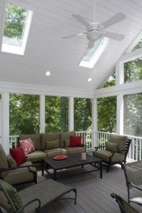 I love the ceiling and the Skylight in Screened Porch-must do to our screened in porch! Screened In Porch Diy, Screened Porch Decorating, Screened Porch Designs, Deck Decorating, Front Porches, Outdoor Rooms, Outdoor Living, Outdoor Furniture Sets, Small Furniture