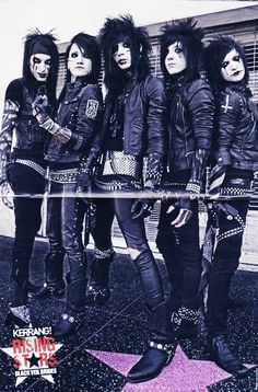 Black Veil Brides. I love this stage of the band. It's by far my favorite look of the band.