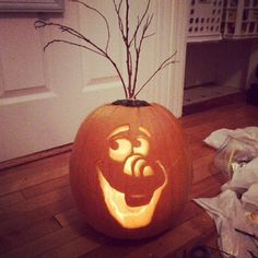 Olaf Carving With Sticks We love the addition of the twigs — this pumpkin totally nails the Olaf look.