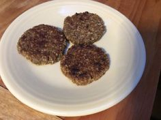 Vegan Breakfast Sausage I love this recipe, Ive eaten it for breakfasts and lunches… the texture and taste is very much like its meat version… only this is way better for you. Vegan Breakfast Sausage Recipe, Sausage Breakfast, Breakfast Time, Whole Food Recipes, Vegan Recipes, Cooking Recipes, Vegan Food, Plant Based Breakfast, Veggie Tales