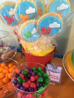 galletas mantequilla, mesa de postres & candy station Aviones