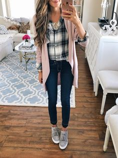 Fall Fashion Trends 2018 - Hunting for a Better Life - Outfit - Women Fashion Mode Outfits, Fashion Outfits, Womens Fashion, Fashion Tips, Latest Fashion, Work Fashion, Fashion Websites, Fashion Stores, Fashion Boots