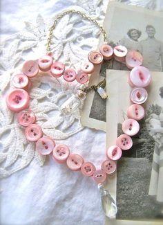 DIY :: Button de la guirnalda del Corazón ~ Visita ucreatewithkids.com