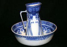 ✿ڿڰۣ(̆̃̃•Aussiegirl  Royal Doulton Art Nouveau Flow Blue Wash Bowl Pitcher