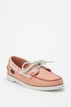 cute boat shoes!