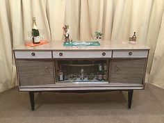 Retro sideboard / #vintage cocktail bar - #1950's / 60's #drinks cabinet,  View more on the LINK: http://www.zeppy.io/product/gb/2/252395308322/