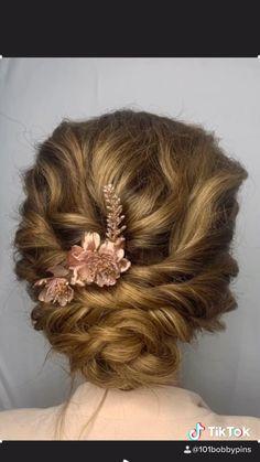 Short Hair Wedding Updo, Simple Wedding Updo, Bridal Hair Updo, Short Hair Updo, Wedding Hair And Makeup, Prom Hair, Long Hair, Wedding Updo Tutorial, Easy Updo Tutorial