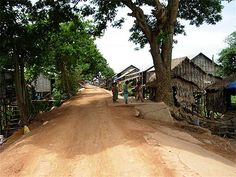 Route pour Kompong Khleang
