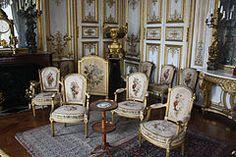 Château de Chantilly-Salon de Musique-Mobilier-20120917.jpg
