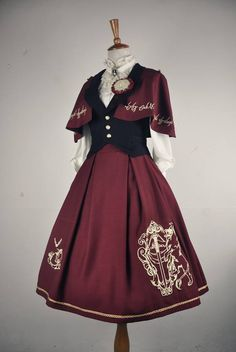 Fashion art dresses style 70 Ideas for 2019 Pretty Outfits, Pretty Dresses, Beautiful Outfits, Old Fashion Dresses, Fashion Outfits, Moda Lolita, Style Steampunk, Gothic Lolita, Lolita Style