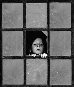 trapped elf by Sebastian Luczywo, via 500px