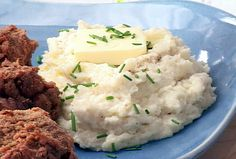 """Mock"" Garlic Mashed Potatoes (FoodNetwork). Made with cauliflower instead of potatoes = low carb. Tons of high ratings!"