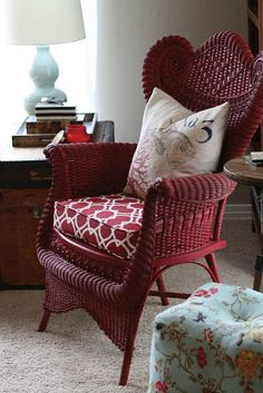 I am IN LOVE with this red chair! I really think my living room needs one. Wicker Shelf, Wicker Tray, Wicker Table, Wicker Chairs, Wicker Furniture, Painted Furniture, Wicker Dresser, Wicker Mirror, Wicker Planter