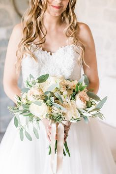 bride bouquet with olive branches, antic roses by @jardindivers Bride Bouquets, Bouquet Wedding, Wedding Dresses, Olive Branches, Tuscan Wedding, Wedding Story, Tuscany, Destination Wedding, Villa