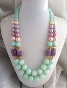 mint and lilac beaded necklace Chunky Jewelry, Statement Jewelry, Pearl Jewelry, Wire Jewelry, Jewelry Crafts, Jewelry Sets, Beaded Jewelry, Jewelery, Jewelry Necklaces