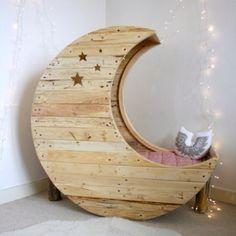 Coolest bed/bassinet ever!
