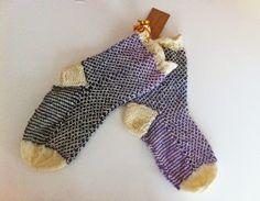 Kerältä purkautuneita: Joululahjoja #2 Fingerless Gloves, Arm Warmers, Handmade, Fashion, Fingerless Mitts, Moda, Hand Made, Fashion Styles, Fingerless Mittens