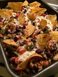 Mexicaanse ovenschotel - Ga ik ook eens proberen ... vervang ik wel de gehakt met Quorn gehakt om het vegetarisch te houden.