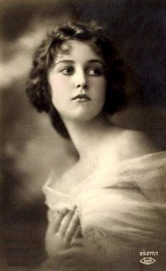 A portrait of Louise Dixon from 1913. She's beautiful just like all women are!