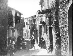 Sardegna TONARA Nuoro VISTA DA GUIDO COSTA (Sassari 1871 - Cagliari 1951) fu insegnante di lingua e letteratura inglese, appassionato di fotografia e giornalista. #TuscanyAgriturismoGiratola
