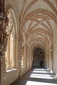 wanderthewood:      Monasterio de San Juan de los Reyes - Toledo, Spain by WVJazzman