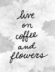 flores & café ¿qué más para empezar de la mejor manera el fin de semana?  #CADE #escuela #diseñofloral