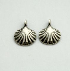 2 Shell Charms - Shell Pendants - Greek Castings - Pewter Shell - 15 mm Pendant