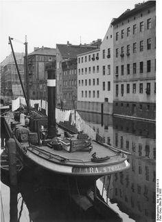 http://www.stadtbild-deutschland.org/forum/index.php?thread/260-berlin-in-alten-bildern/
