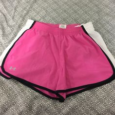Under Armour shorts size small Size small Under Armour Shorts