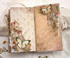 Приветствую Вас, дорогие наши читатели!   Сегодня я, Ирина Астаповская , поделюсь с Вами процессом декорирования страниц и обложки мини-ал...