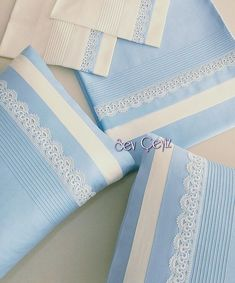 Pintuck and thin lace toward edge of pillowcase contrast colors Baby Sheets, Baby Bedding Sets, Baby Embroidery, Hand Embroidery Designs, Blue Duvet, Decoration Bedroom, Baby Cocoon, Crochet Quilt, Heirloom Sewing