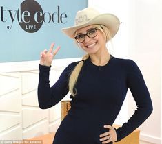 Hayden Panettiere rocks little blue dress on Style Code Livea Old Actress, American Actress, Megan Denise Fox, Lauren Cohan, Teen Celebrities, Hayden Panettiere, Marie Gomez, Debut Album, Gossip Girl