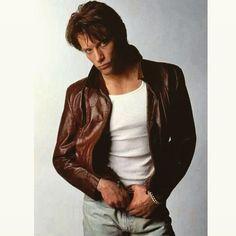 Hi 💜 he's just too hot goddammit jon...🔥🔥😍 #jonbonjovi #bonjovi #bonjovifans…
