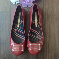 Marc By Marc Jacobs Red Patent Flats i love this but i didnt realize that what was sold to me was a size 9. havent used , a reposh and is in excellent condition except for very minor scuffing, pic 3 and 4 (brwn thingy is dirt but will clean) Marc by Marc Jacobs Shoes Flats & Loafers