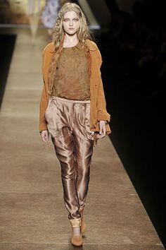 Nina Ricci Fall 2008 Ready-to-Wear Fashion Show - Vlada Roslyakova