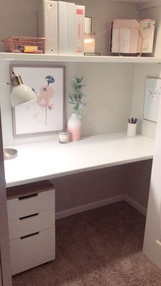 Styling a fun chic built in desk in a closet! Such a simple idea that you can really make your own! #girlboss #closetgoals #closetdesk #deskdecor #deskdream #homedecor #builtinoffice #nursingschooldesk