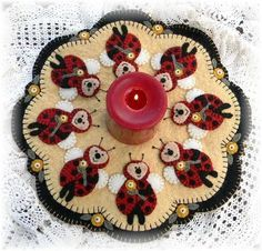 Ladybugs Penny Rug/Candle Mat pdf e-pattern