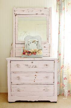 love the shabby pink dresser! Shabby Cottage, Shabby Chic Homes, Cottage Chic, Cottage Style, Shabby Bedroom, Distressed Dresser, Distressed Furniture, Painted Furniture, Diy Furniture