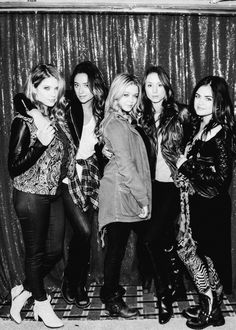 Behind the Scenes of the Season Finale of Pretty Little Liars