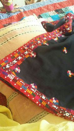 Inovative Ideas, Bridal Dupatta, Kashmiri Shawls, Monday Outfit, Navratri Special, Hand Work Embroidery, My Collection, Dress Designs, Indian Sarees