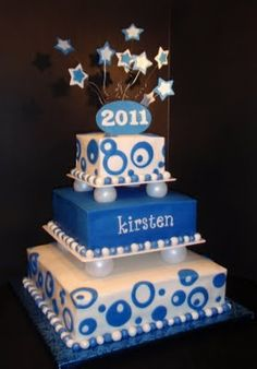 ideas for cobalt blue prom cake with funky circles