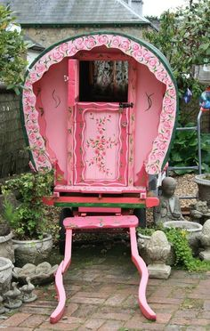 missingsisterstill:  Gypsy Caravan