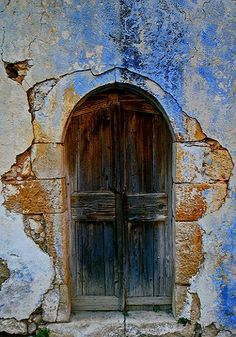 old door.. Crete Island, Greece (by Maciej landscape.lu on Flickr)   ..rh