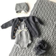 Sweter zrobiłam n & Beginner Knitting Projects, Knitting For Kids, Knitting For Beginners, Baby Knitting Patterns, Free Knitting, Stitch Patterns, Crochet Baby, Knit Crochet, Drops Baby